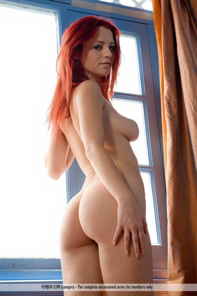Fotos xvideos HD ruiva provocante toda pelada