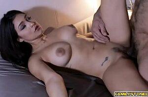 Videos porno de graça com peituda sexy transando